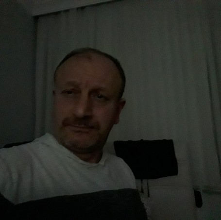 İsmail, 51, Istanbul