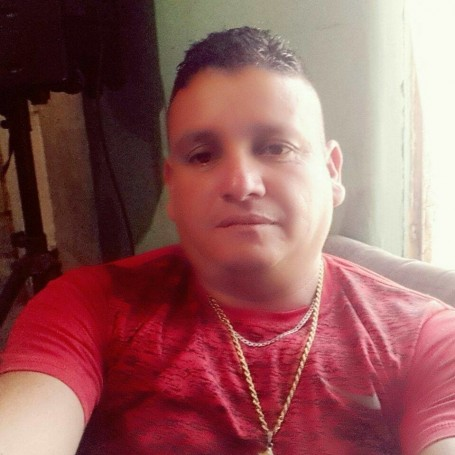 Ulises Diomedes, 50, Guayaquil