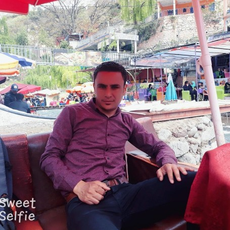 Youssef, 33, Aoulouz