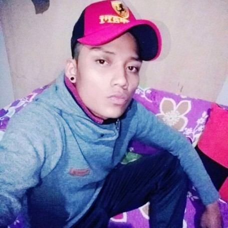 Andres, 22, Guayaquil