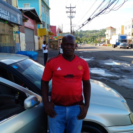 Franklyn, 52, Portmore