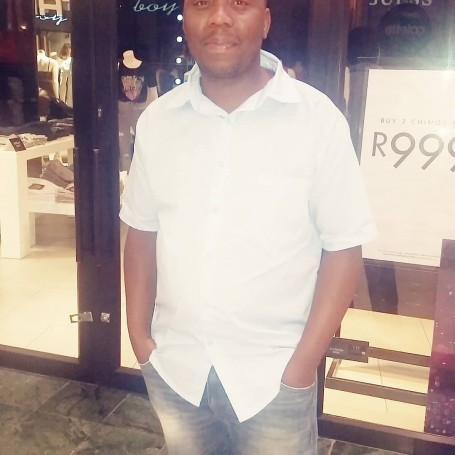 Kenneth, 40, Cape Town