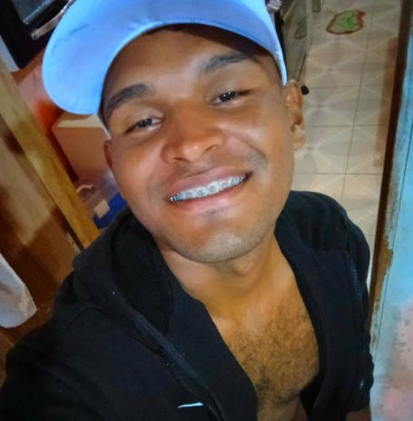 Isaias, 21, Cacoal
