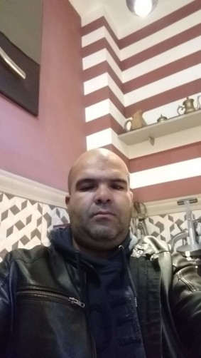 Ahmed, 41, Toulouse