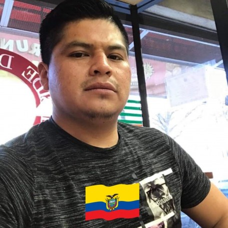 Christian, 30, Gualaceo