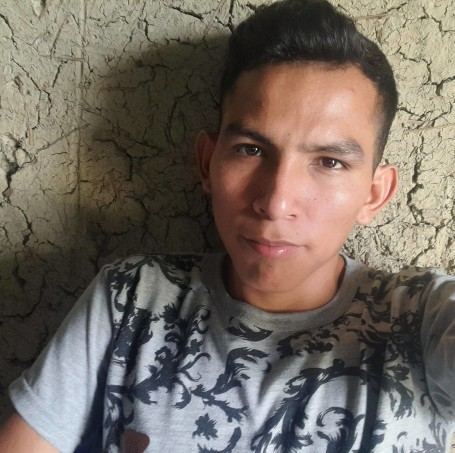 Paolo, 21, Chimbote