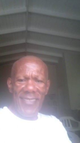 Alfred, 66, Castries